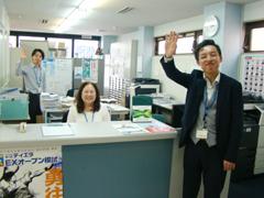 山本塾 芦屋教室 受付、元気にお出迎え
